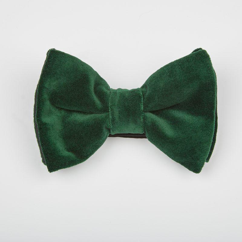 Emerald Velvet Bow Tie.